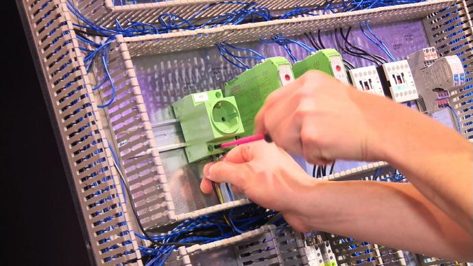 이플랜 스마트 와이어링(EPLAN Smart Wiring) 출시