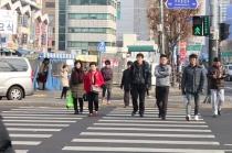 [동영상 뉴스] 설날 민족대이동 시작 '경제 어려워도 선물은 가득'