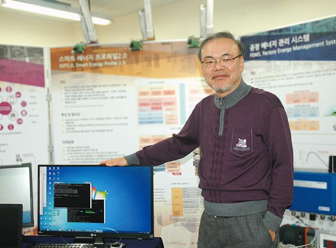 """[FAⅠ]""""스마트 제조 표준, 유저의 생산 환경 최적화시킬 터"""" - 다아라매거진 이슈기획"""