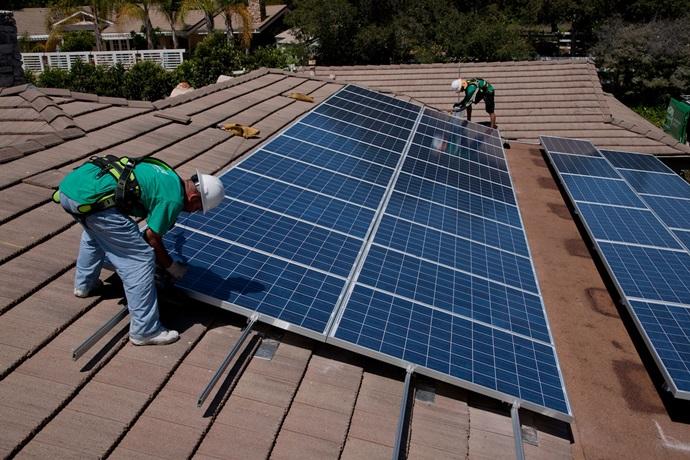 베트남, 정부 주도로 태양광에너지 발전 예상돼
