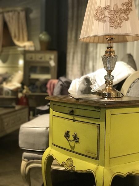 명품 프랑스가구 '르네', 컬러풀한 프렌치 엔틱스타일로 이목집중
