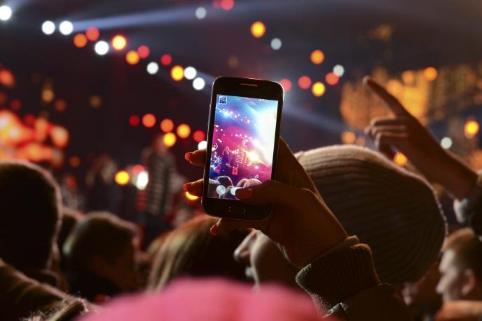 스마트폰, '디지털 카메라' 대체할까