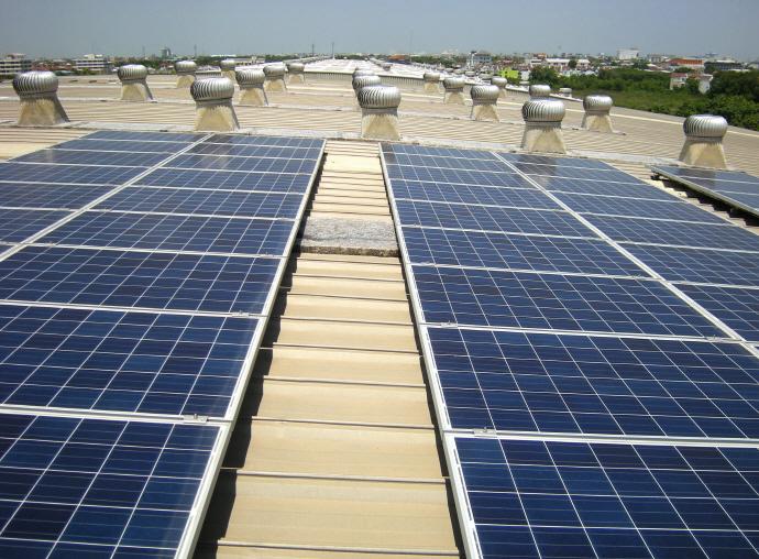 트럼프, 미국 태양광 전지·패널 시장 보호조치 도입하나