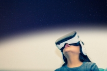 기대만큼 성장하지 못한 VR산업과 일본 VR 상용화 진척
