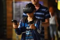 HTC 가상현실 '바이브' 사업 매각, 구글이냐 바이두냐