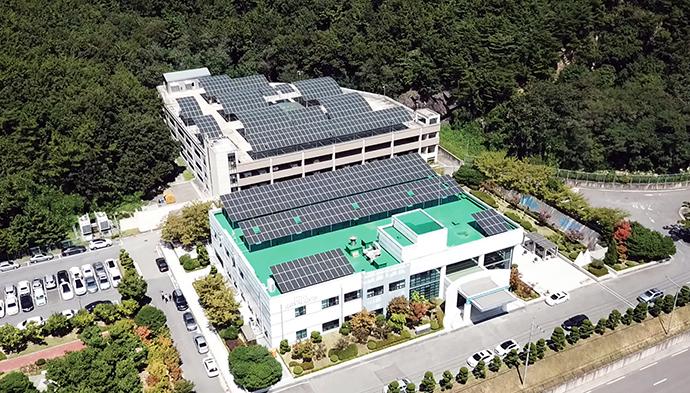 [News Brief]두산중공업, '태양광+ESS' 신재생에너지 사업 가속화 - 산업종합저널 심층기획