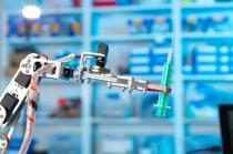 서비스 로봇, 산업용 로봇 '맹추격'…핵심부품 개발 및 인공지능 기술력 확보 관건