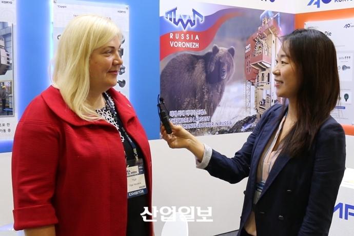 [2017 금속산업대전] 'TMP-고려정밀공업' 자동차 부품 프레스 기계로 '러시아-한국' 상생 도모한다