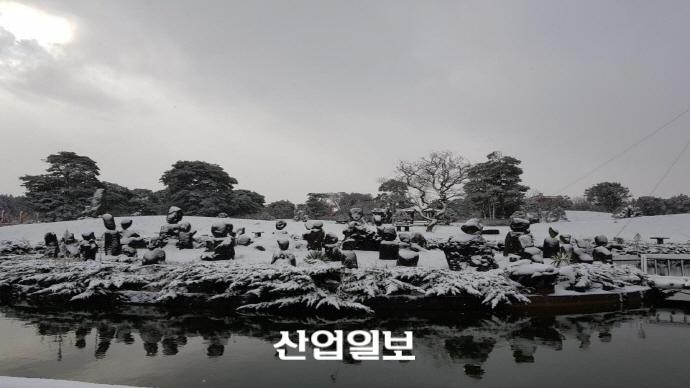 [포토] '대설주의보' 제주 한라산 윗세오름 온 천지가 새하얀 눈꽃