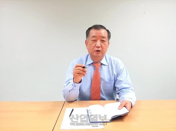 """""""혁신적인 스마트공장 플랫폼 공급 기업…시장 장악할 터"""""""