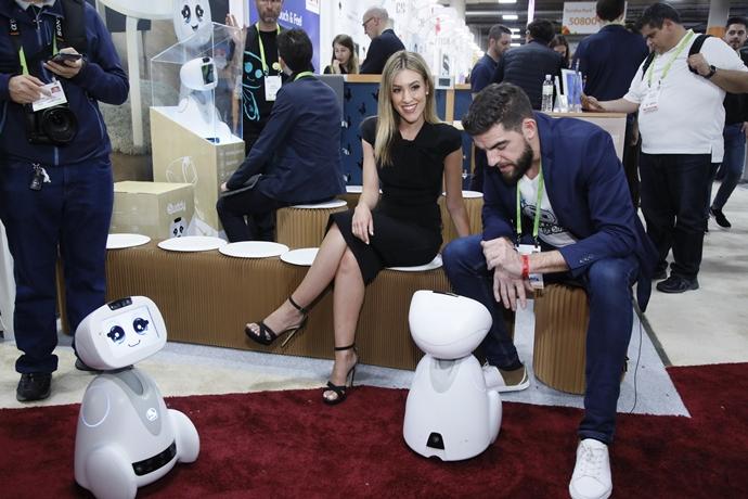 [CES 2018]혁신에서 일상으로…AI로 초연결된 가전 총망라