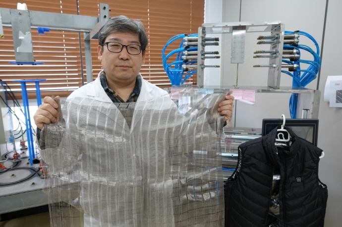 금속섬유 기반 발열 옷감 직조 기술 개발