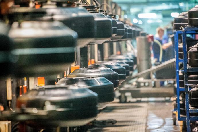 로봇·전기차·첨단 신소재 등 8대 신산업, 새로운 수출동력 부상