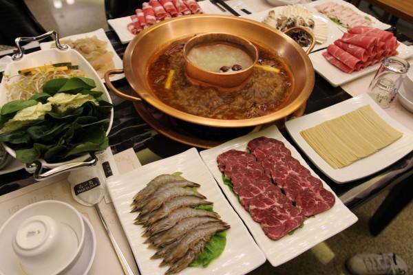 제주공항 근처 맛집 '천일각 샤브샤브', 오리지날 중국식 샤브샤브 선봬