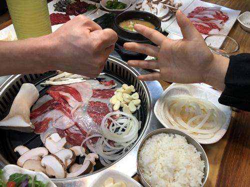 대전 유성 맛집 '청송한우타운', 가위바위보 이벤트 실시해