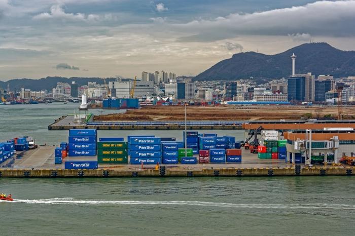 수출 집중도 세계 최고수준 한국… 시장 다변화 시급