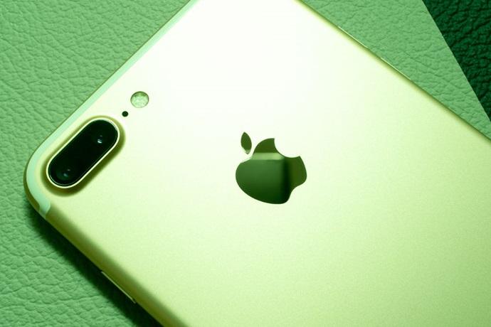 8월 IT분야 흥망성쇠, 9월 공개되는 아이폰 3종이 바람잡이 나서