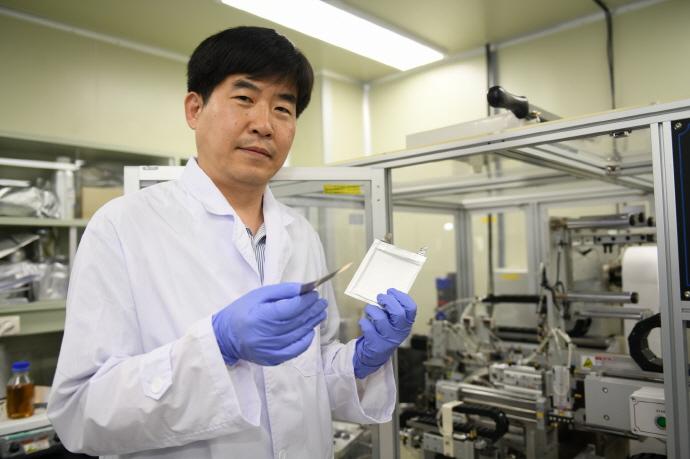 리튬금속 음극소재로 적용, 친환경 전기차 안정성·가격경쟁력 높인다