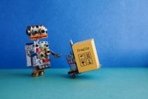 상품 만들던 로봇, 이제 상품 배달한다