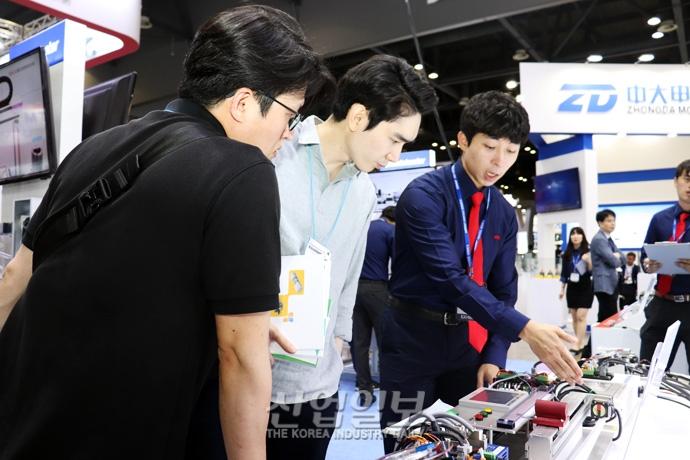 [포토뉴스] 디지털 제조 혁신 기술이 한 자리에! KOFAS 2018 개막