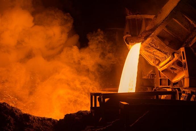 중국 철강 생산, 일단은 완만한 감소로 기조 잡아