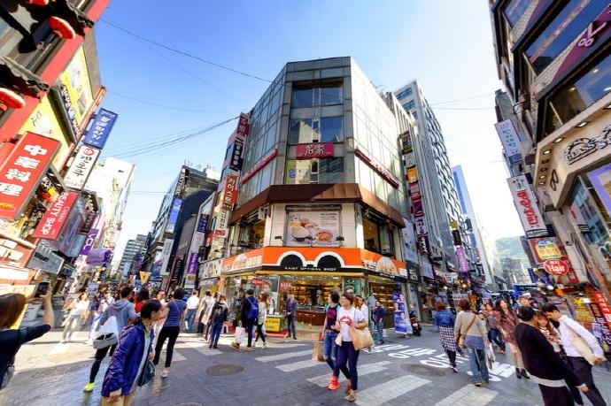 반도체 매출액 휴대폰 출하량 인터넷속도 1위의 한국