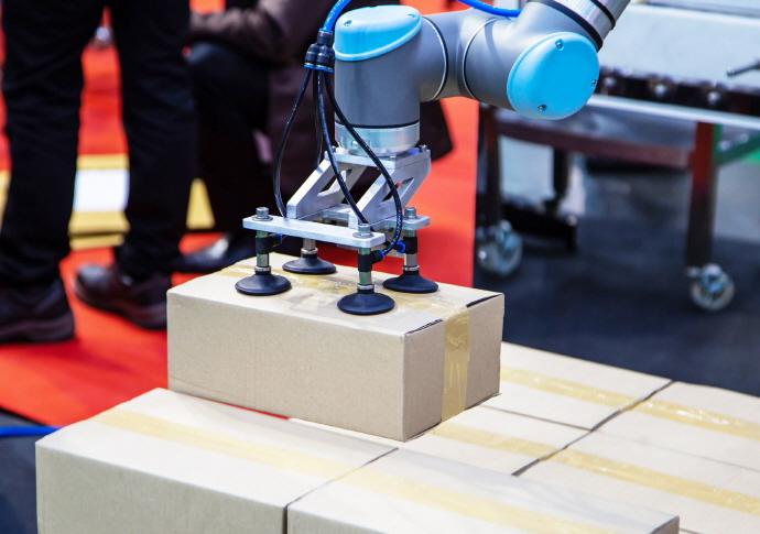 인도 산업용 로봇 시장이 뜬다