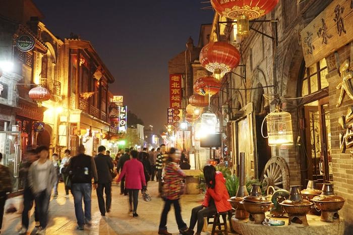1억 명 중국 청소년, 온라인보다 오프라인 소비 강해