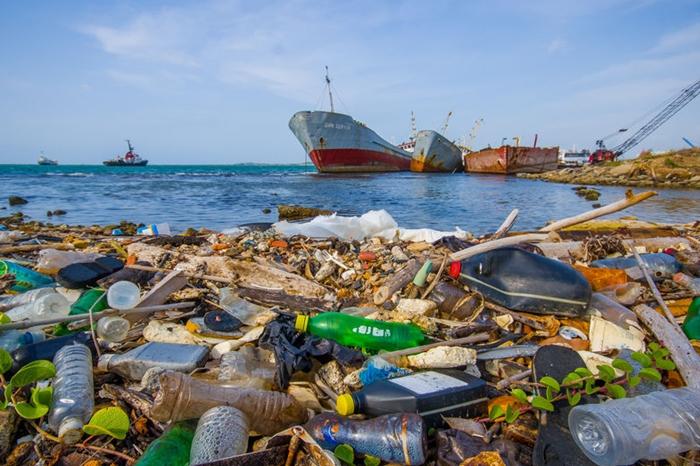 플라스틱 폐기물 사태, 업사이클 산업이 '해법'