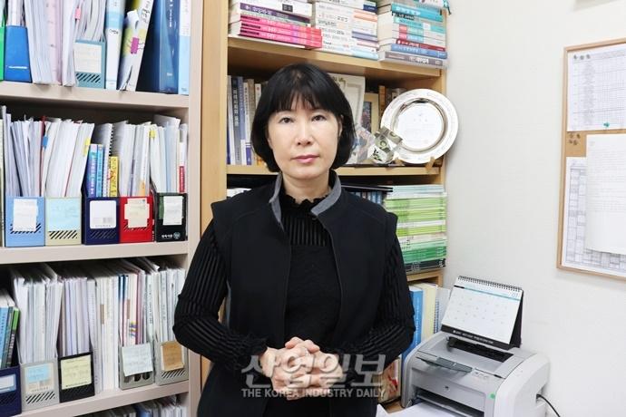 [2019년 新 트렌드] 고객 갑질 STOP! '워커밸' ②