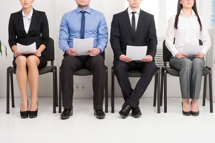 지난해 신규 취업자수, 외환위기 이후 최저치인 9만 7천명에 그쳐