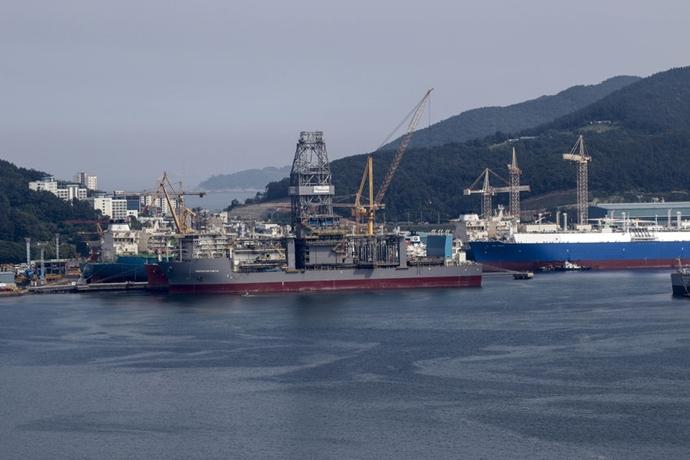['BIG 2'로 재편되는 조선업계Ⅱ] 현대중공업·대우조선해양 합병에 해외 선주들 반발 예상돼 - 다아라매거진 업계동향