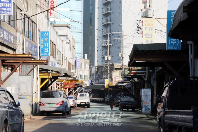 [사진으로 보는 산업뉴스] 한국 제조업, 글로벌 금융위기 이후 경쟁력 잃어