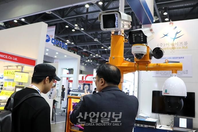 [포토뉴스] 물리 보안 장치의 핵심 'CCTV', '세계보안엑스포 2019'서 다수 선보여