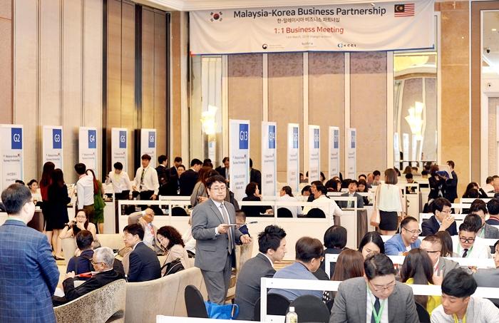 한국과 말레이시아 경제협력 새로운 물꼬 튼다