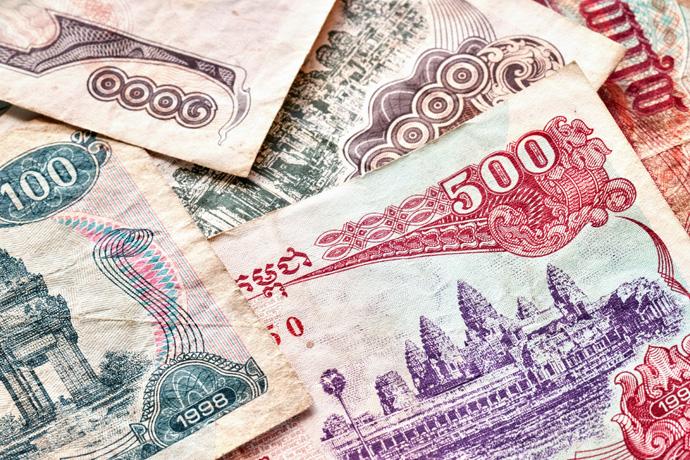 캄보디아 경제, 달러라이제이션·최저임금 급등으로 어려움 지속 - 다아라매거진 업계동향