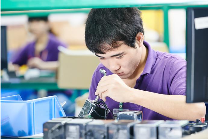 중국 공업 산업 연 평균 14.1%↑…세계 최대 공업국 '성장' - 다아라매거진 국제동향