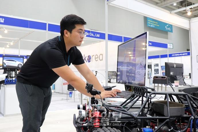 [2019 자동차 기술 산업전] 첨단을 입은 자동차 기술