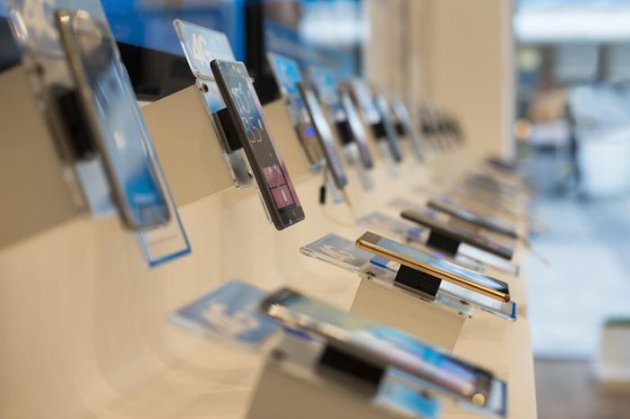 전 세계 스마트폰 판매량 2.7% 감소