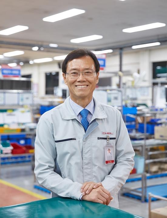 43년 간 제조현장 지킨 엔지니어 김용규 부사장
