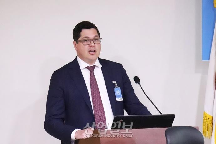한국 바이오 헬스 산업 '제자리 걸음'…정부, 2025년까지 4조원 투입키로