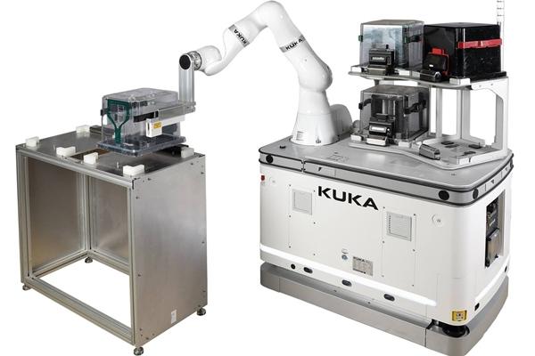 쿠카(KUKA), 반도체 생산용 모바일 로봇 솔루션 '웨이퍼 핸들링 솔루션' 개발