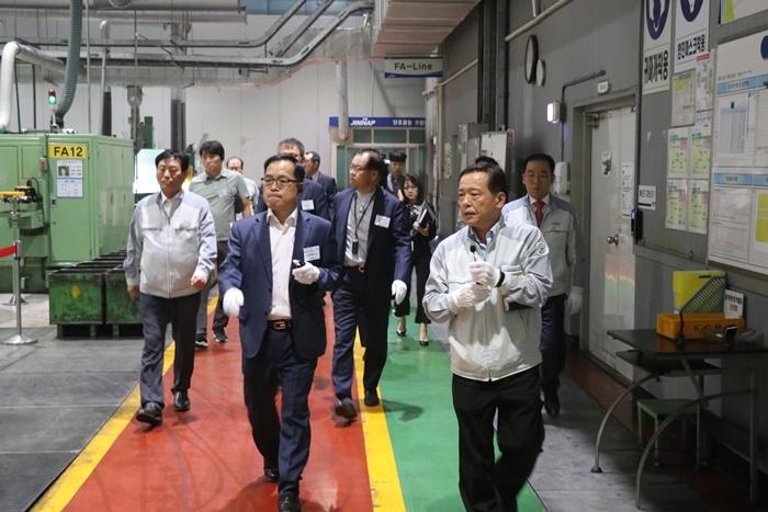 중소·중견기업 제1차 시범공장(시범 스마트공장) 공개