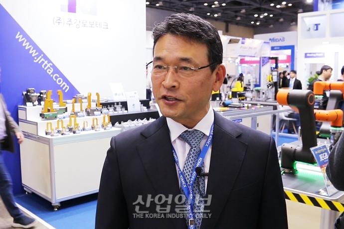 """[2019 한국기계전] (주)주강로보테크 """"더 스마트하고 융·복합된 자동화 기기 만들 것"""" - 온라인전시회"""