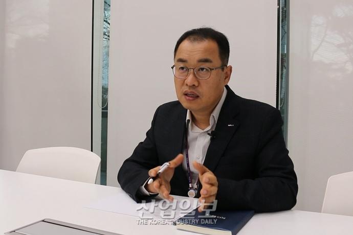 """[신(新)남방, 미래의 시장①] """"제3의 가치 바탕으로 산업과 산업을 연결해야"""""""