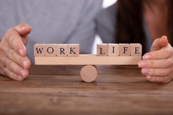 사무직 근로자 '자동화기술' 도입 워라벨(Work·Life·Balance) 실현 기대 - 다아라매거진 이슈기획