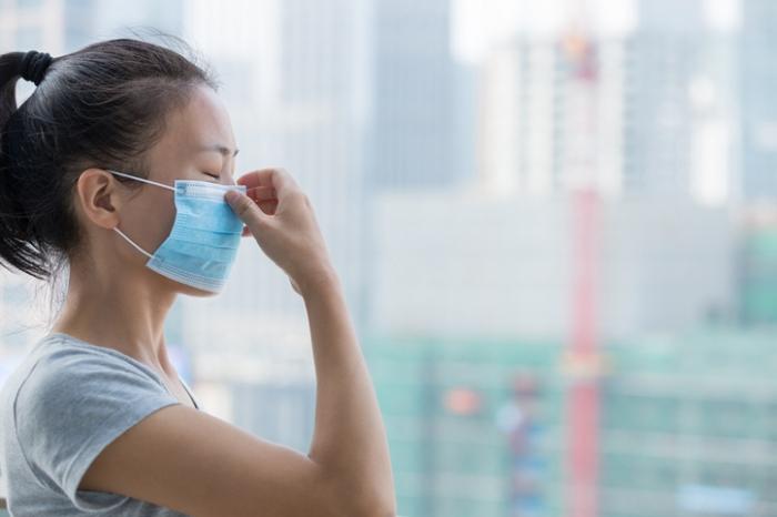 정부, 보건용 마스크·손소독제 품귀 '메스 들었다'