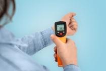 중국, '코로나19 확산 방지' 적외선 체온계 판매 급증