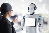 中, 언택트 시대의 대세는 '서비스 로봇'…경쟁보다 협력 모델 모색 필요