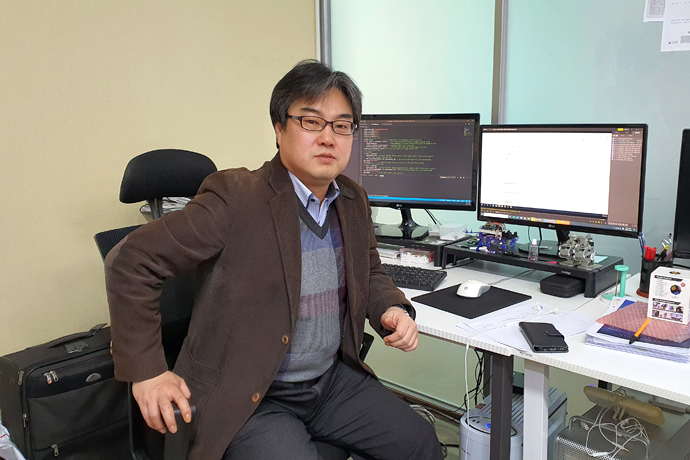 [2020 로보월드] 한국하이액트지능기술(주), 3축 교육로봇 개발로 코딩 학습 효율↑